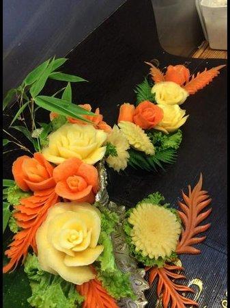Sucheera Thai Restaurant: Carving of Vegetable.