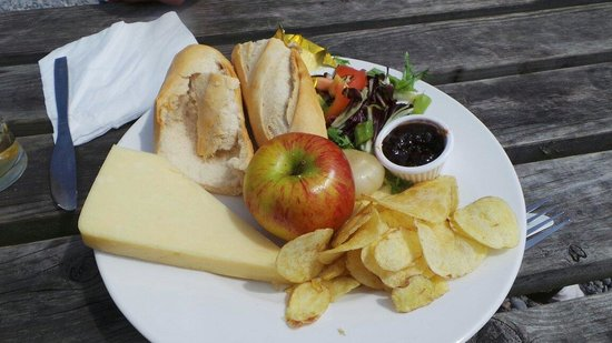 Wiseman's Bridge Inn : Cheese Ploughman's with a huge block of cheese!
