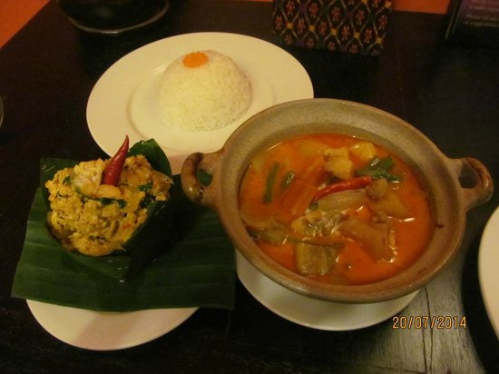 Golden Butterfly Villa: Khmer Cuisine from the Restaurant
