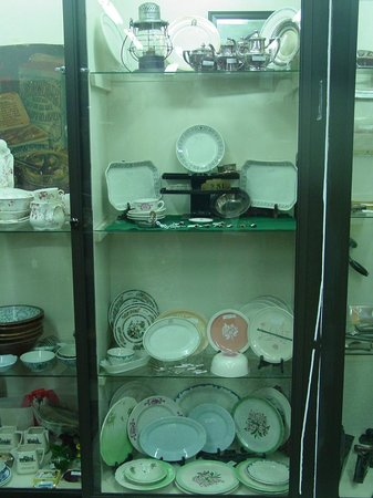 Antiques Center of Yarmouth: Selection of Railroad dinnerware
