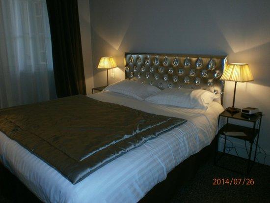 Best Western Plus Hotel D'Europe Et D'Angleterre : Lit chambre 102