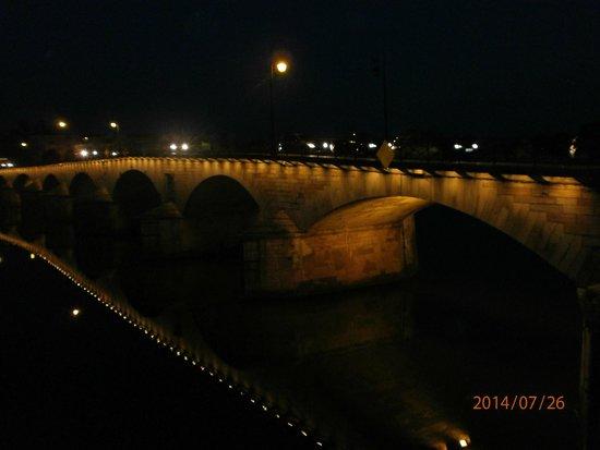 BEST WESTERN Hotel d'Europe et d'Angleterre : Pont, la nuit