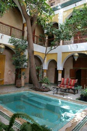 Riad Zouina: Le patio Ouest