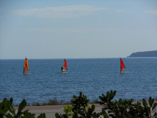 PortBlue Club Pollentia Resort & Spa : Wind surfing at Pollontia
