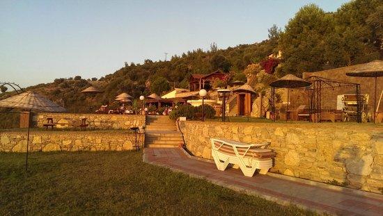 Sundial Restaurant: outside