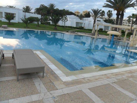 Hotel Palace Hammamet Marhaba : la piscine