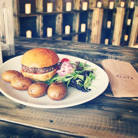 Platz: Hamburger