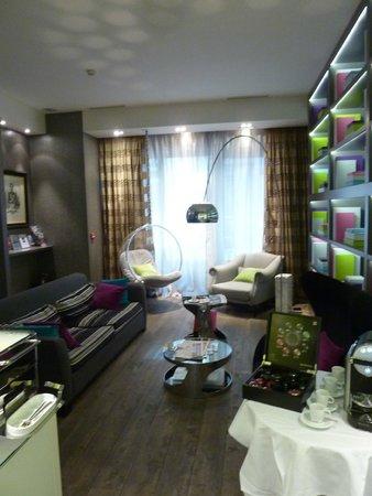 Hotel le Petit Paris : Lobby