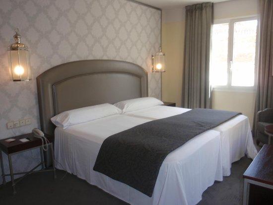 Hotel Macia Alfaros : Camera da letto