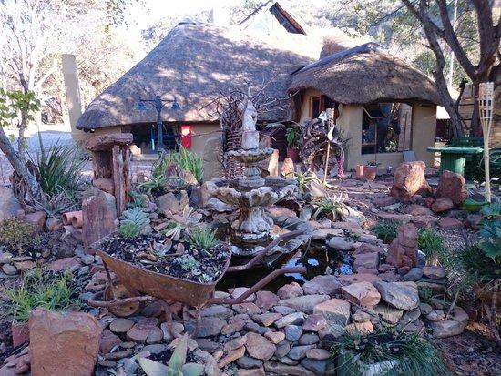 Hornbill Lodge: Grounds