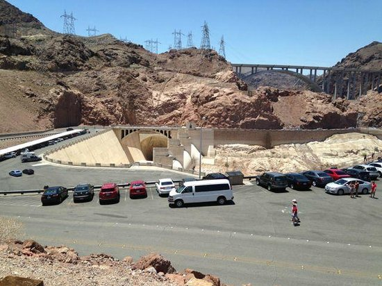 Hoover Dam: Parking to watch the dam