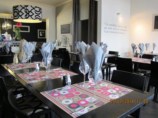 Fondus au fromage photo de restaurant de la place trois for La salle a manger restaurant