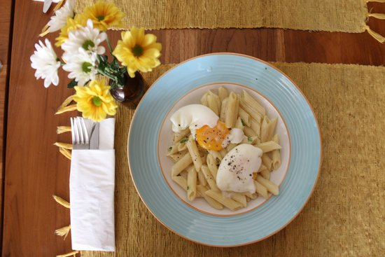 Olive: Pasta with Poached Eggs