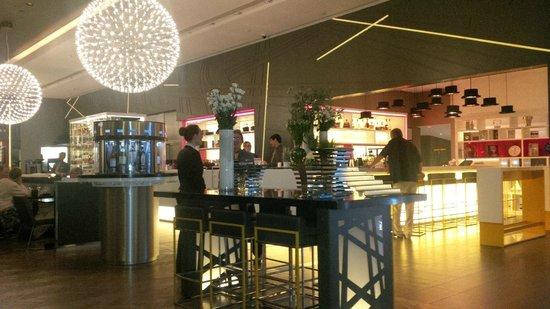 Pullman London St Pancras Hotel : Bar de l'hotel