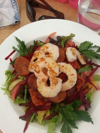 Easy Cafe: Spicy bush salad with prawns. Mmmmmmmmm