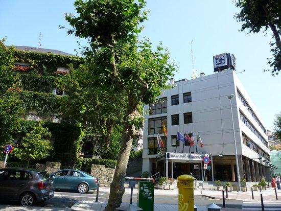 NH Ciudad de Santander: Außenansicht