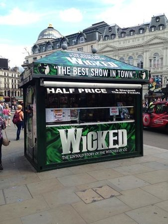 Wicked the Musical: 1/2 price ticket booth in Piccadilly Circus (Globaltraveler)