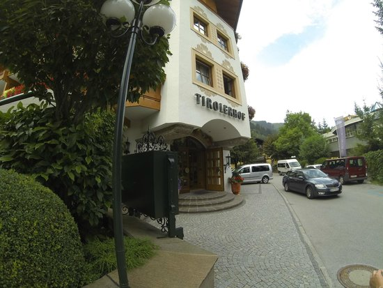 Hotel Tirolerhof : Main entrance