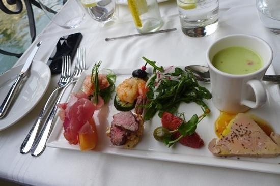 Restaurant Balances : Beautifully prepared entree