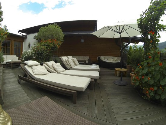 Hotel Tirolerhof: Patio on the 3rd floor