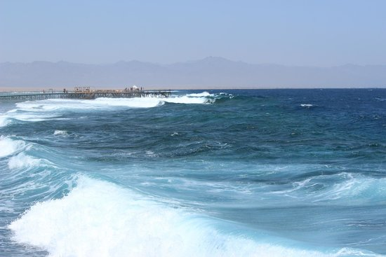 Jaz Mirabel Beach: rough seas