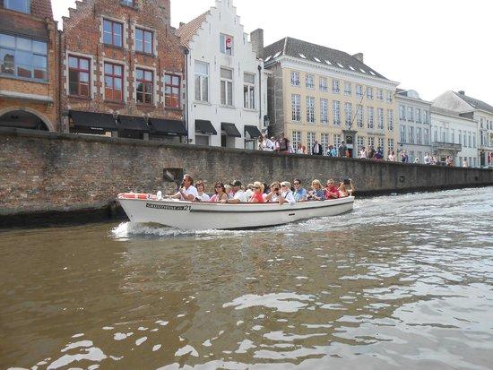 Grand Hotel Casselbergh Bruges: Canal Boat Trip