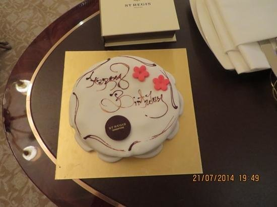 The St. Regis Singapore: Birthday Surprise