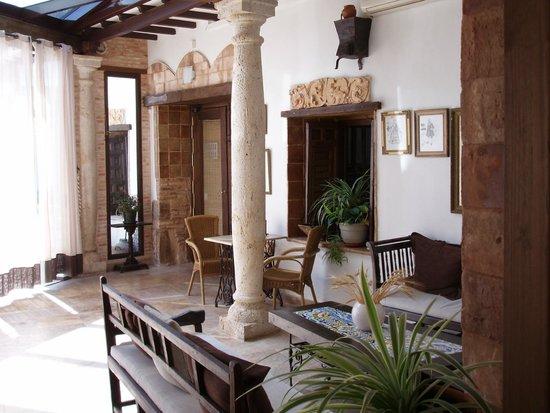 Hotel Rural Casa Grande Almagro: patio de piscina