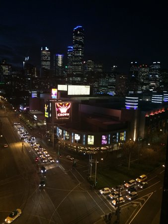 Melbourne Short Stay Apartments Whiteman Street: View from our room