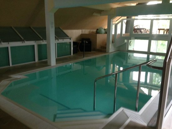 Best Western Premier Hotel An der Wasserburg: Бассейн