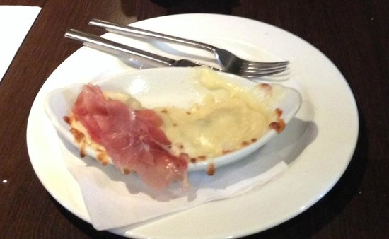 Di Bella Restaurant: badly presented and not what was advertised