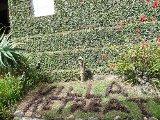 Villa Retreat: Garden