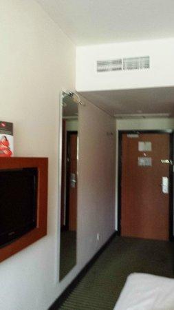 ibis Amman : الغرفة