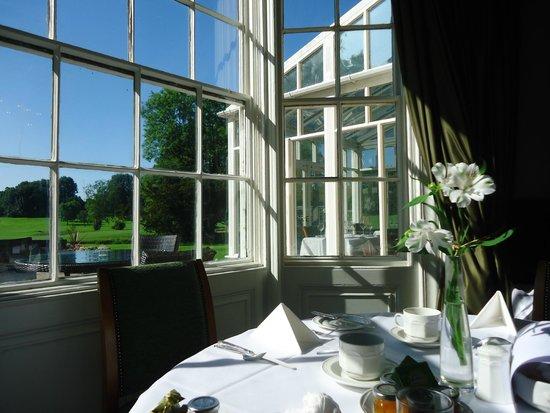 Hall Garth Hotel & Country Club: Elegant dining