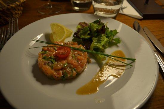 Fou de Fafa : tartare de saumon au gingembre et coriandre