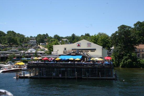 Anthony's Pier Restaurant: Anthony's Bar & grill