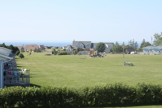 Cavendish Bosom Buddies Cottages and Suites : View from 2 bedroom cottage