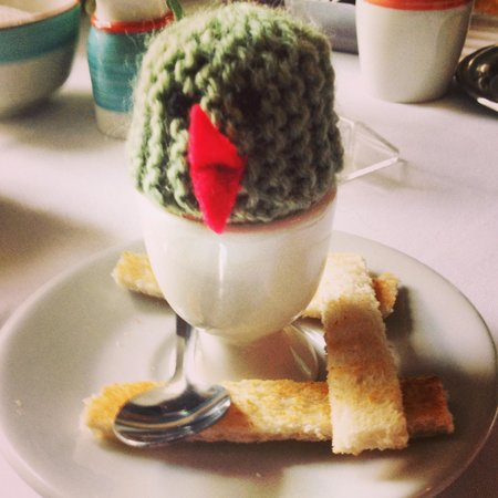 Pembroke Townhouse: Boiled egg for breakfast