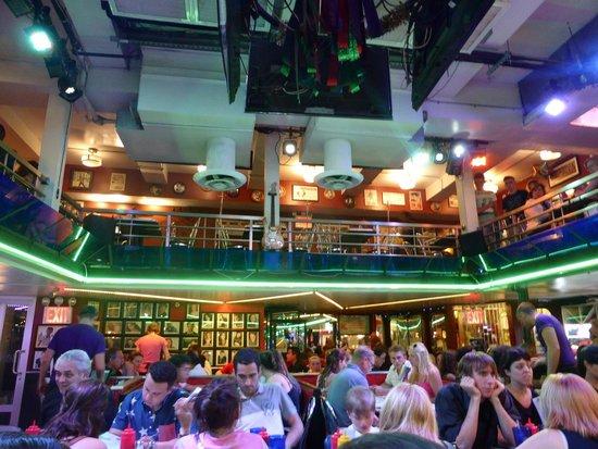 Ellen's Stardust Diner : la salle