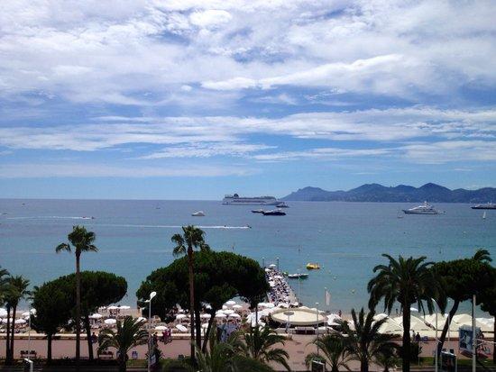Grand Hyatt Cannes Hotel Martinez: Seaside view from room #425