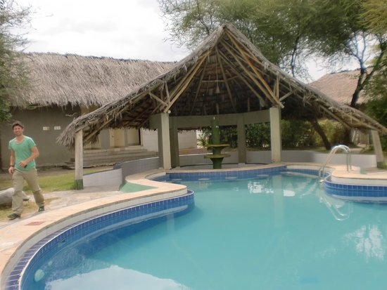 Roika Tarangire Tented Lodge: Poolbereich