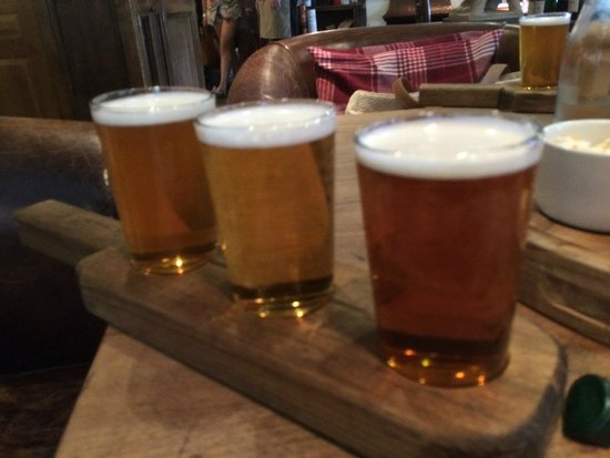 The Grill & Smokehouse Restaurant: Beer Sampler - A must