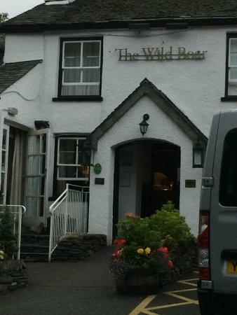 The Grill & Smokehouse Restaurant: Entrance to Wild Boar Inn