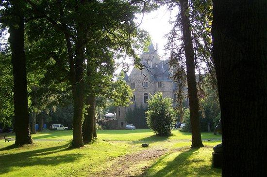 Schloss Garvensburg vom Schlosspark aus gesehen
