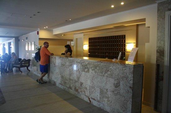 Zakantha Beach Hotel : Inside of the hotel...