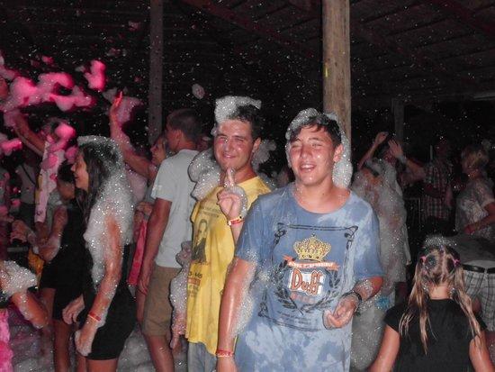Vincci Nozha Beach Resort: schiuma party
