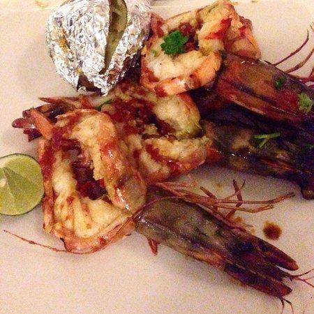 Scallywags Seafood Bar & Grill: Nice and yummy bbq