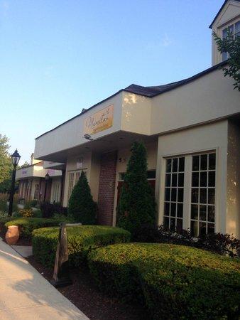 Mamitas Restaurante Latino: Outside of Mamita's