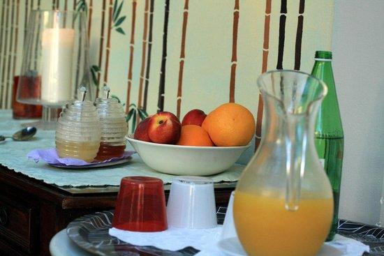 Villa Theresa Bed & Breakfast: breakfast foods