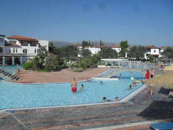 Holidays In Evia & Eretria Village Hotels: piscine
